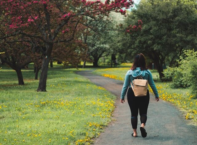 How & Why Walking Helps With Weight Loss